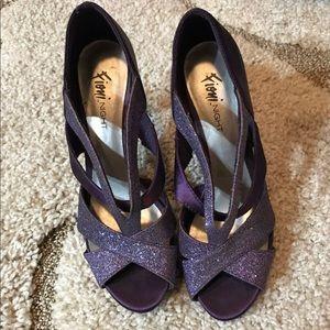 Shoes - Purple Heels Pumps